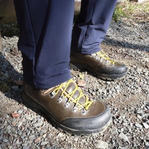 登山靴の靴紐が緩まない結び方を考える!の巻