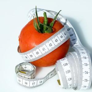 季節の変わり目は身体の外と中から対策を