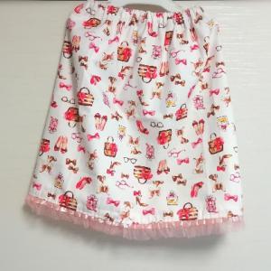 娘に手作りスカートと我が家の文鳥、ハムスター(^^)