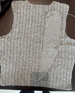 テーラードカラー編んでます!