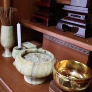 お仏壇に置くお位牌はどこで買う?購入できる場所の一覧まとめ