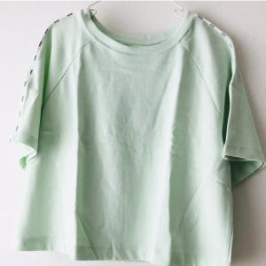 【口コミ】ヨガウェア専門通販ANDAR(アンダール)のサイドロゴ半袖Tシャツ+イージーハーフパンツをレビュー