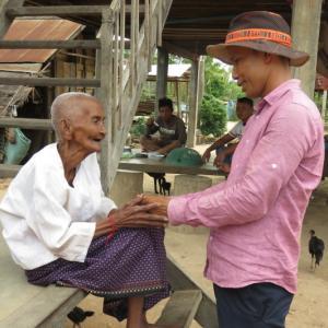 おばあちゃん@サムロム村
