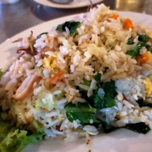食ING情報☆安くて美味しい!海鮮炒飯@ローカル海鮮食堂ハーンクダーム