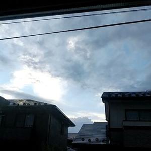 貧すれば鈍す。台風一過🌀神棚の撤去を地元の神主さんに依頼する。