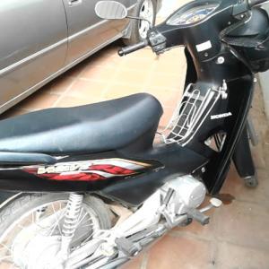 カンボジア王国でバイク