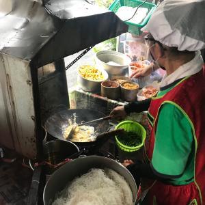 50バーツで食べれるシーロムのパッタイ専門店Padthai Saladangがおすすめ!