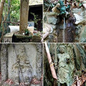 【生駒の大鳥探検(3)】かつての修験道場?お滝場周り 厳しい像容の石像群【稲荷社】