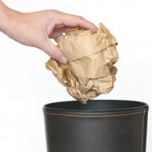 ゴミ箱から袋を隠してすっきり見せる方法