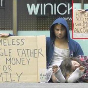 この「ホームレス」の男性は食べ物を分けて欲しいと言った、でもガレージの中に持っていたものが信じられない。
