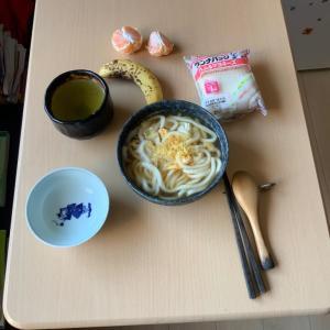 令和元年11月4日のお昼御飯ですネェ❣️
