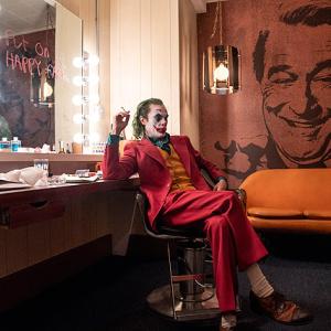 映画【ジョーカー】ネタバレあらすじ!初めて明かされるジョーカー誕生の物語。感想とレビューも