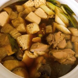 だんだらごはん 漫画飯の軍鶏鍋は家庭では手に入らないので鶏肉で作ってみました。