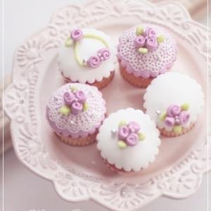マシュマロフォンダントのカップケーキ♪