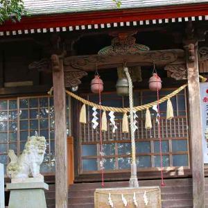 近場の神社へ