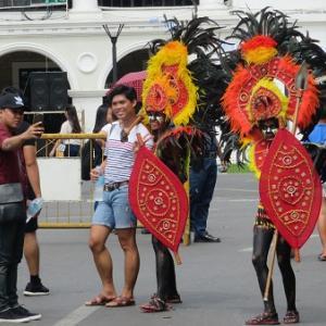 ディナギャン祭り(フィリピン・イロイロ)