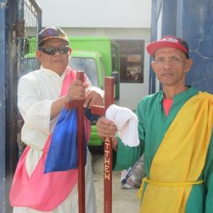 托鉢僧など(フィリピン・マスバテ島)