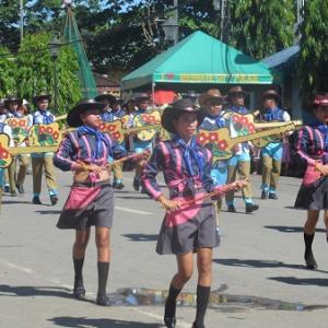 路上パレード(フィリピン)