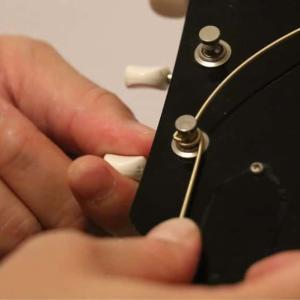 アコギの弦交換を覚えよう!ポイントや流れを画像でわかりやすく解説