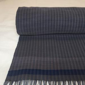 五倍子、藍の木綿反物 織りあがりました。