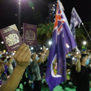 中国、英国パスポートを無効にすることを決定! もう中国は後戻りできないところまで来てしまったのか?