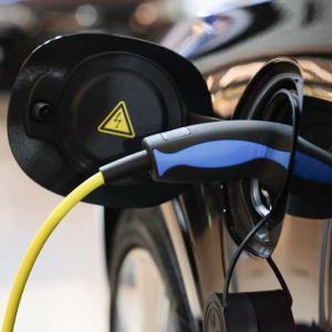 給油と同じ早さ、5分でフル充電できるEV用バッテリーをイスラエル企業が開発 ・・・何やら嫌な予感が