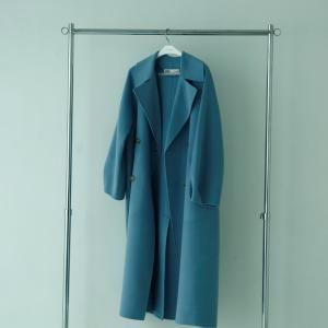 ZARAで見つけた空色のコートで