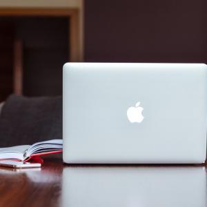WindowsからMacへ変えたので違いについて紹介したいと思います!