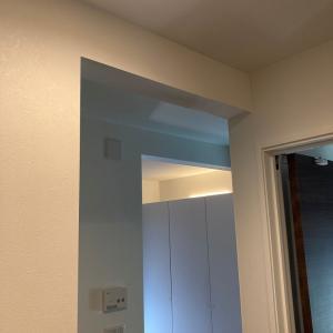 一条工務店の家で壁と天井の出っ張っているところ