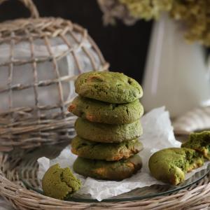 抹茶とホワイトチョコのチャンククッキー