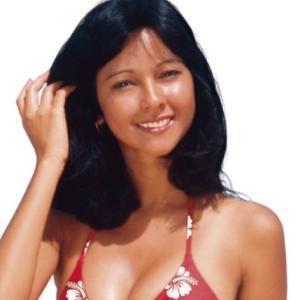 宮崎美子さん、61歳のビキニ・・・見る?