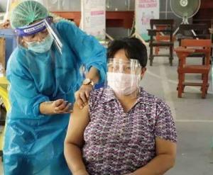 ワクチン接種で、お爺ちゃんも出歩けるようになる