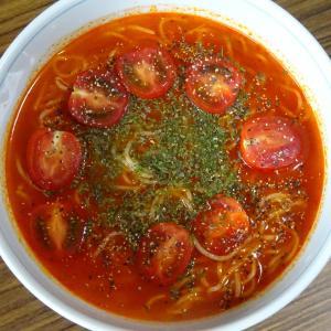 【日曜自由枠】日進の冷たいトマトのラーメンを作ってみた!濃厚で美味しいスープ♪