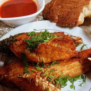 サマルカンドで魚料理を堪能!