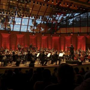 クラッシックコンサートの拍手でほめたたえる空間の体感はおすすめ