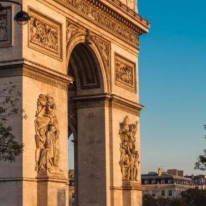 ディマシュ新曲 Love is not over yet パリでオーケストラの収録今夜12時