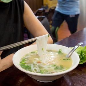 うまみがたっぷりで雑味のないあっさりとしたスープが素晴らしいベトナム家庭料理のレストラン、河内河粉。