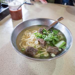 台北で食べられる清敦牛肉麺の最高傑作。志明牛肉拉麵。