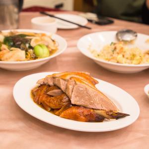 本格的な広東料理がお手軽にいただける地元の方御用達の老舗名店、粤香園。