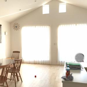 注文住宅こうしたかった!二階リビングの床、防音対策すればよかった。