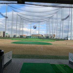 ゴルフの練習とお散歩