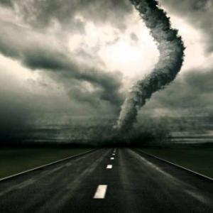 台風・ハリケーン・サイクロン・トルネードの違いは?強さや最強・回転方向についても