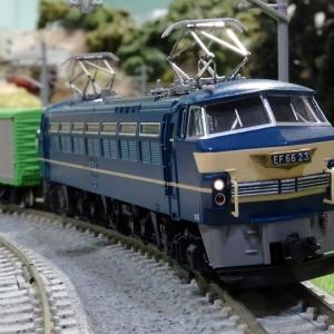 国鉄EF66電気機関車(後期型・ひさし付)が入線と思ったらピーン!!