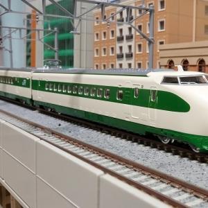 JR 200系東北・上越新幹線(F編成:丸顔) 入線