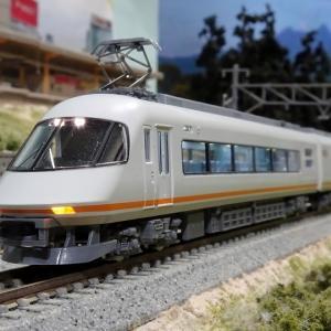 近鉄名阪特急の旗艦車両 昭和から平成、そして令和へ