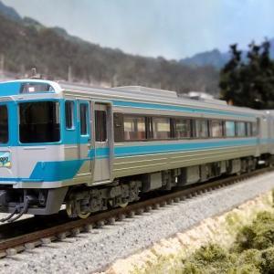 JR キハ185系 JR四国色 入線