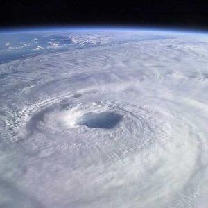 【速報】台風20号発生か・・・・・