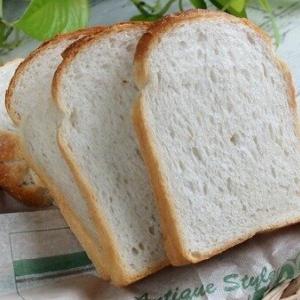 【悲報】高級食パン専門店、しぶとく生き残ってる模様…