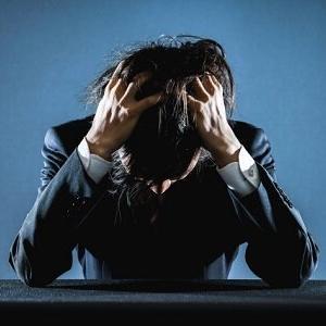【速報】300社不採用の男性「僕を雇って」巨大看板で売り込むwwwwwwwwww