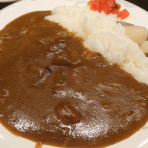 閉店するキラーカーンさんの居酒屋カンちゃんで尾崎豊が好きだったカレーを食べる